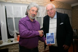 Alain Gamper (l.) mit Rolf Massin